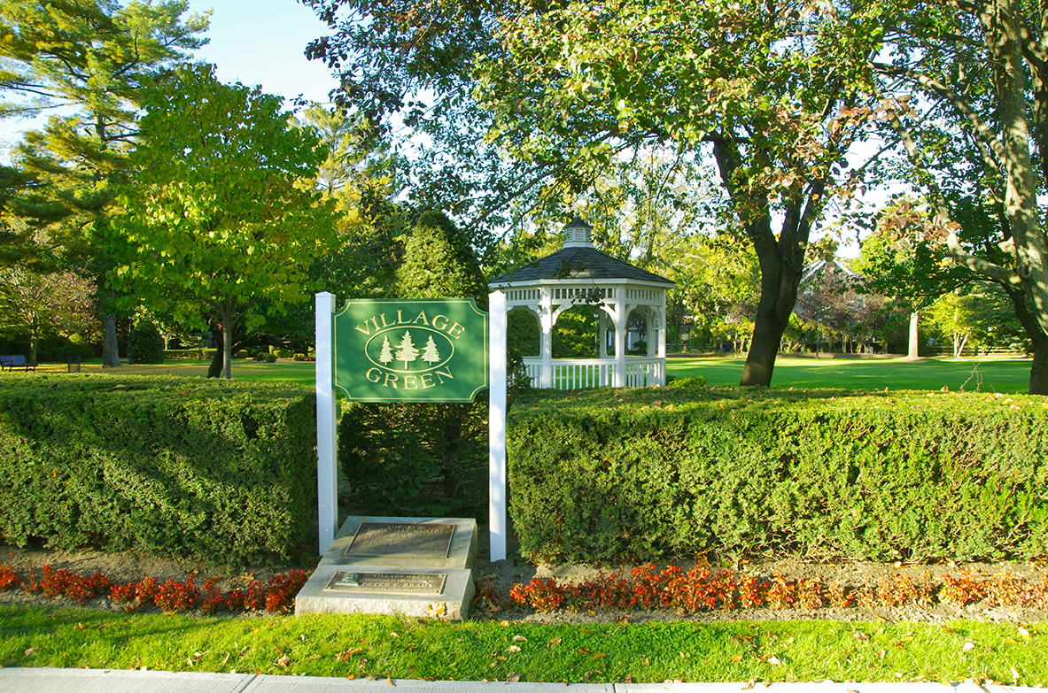 Village Green Park-Visit the beautiful lawns of Village Green Park in Rockville Centre, NY